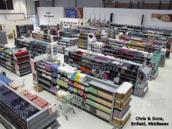 Plain Gondola Bays, Slatwalls, Slatwall Fittings, Trolleys and Display Cabinets at Chris