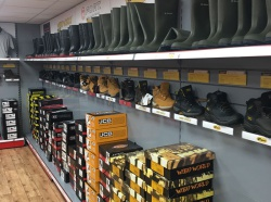 Retail Shelving East Anglia Workwear